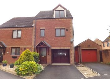 Thumbnail 2 bedroom property to rent in Lea Close, Swindon