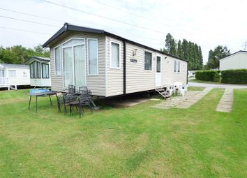 3 bed mobile/park home for sale in Rockley Park, Napier Road, Poole BH15