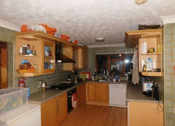 Thumbnail 8 bed property to rent in Harlaxton Drive, Nottingham