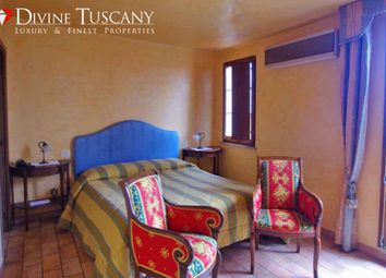 Thumbnail 4 bed apartment for sale in Strada Per Chianciano, Montepulciano, Siena, Tuscany, Italy