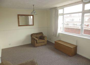 3 bed maisonette to rent in Watney Market, London E1