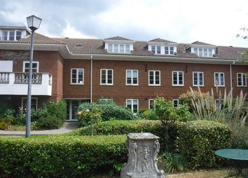 2 bed flat to rent in North Foreland Road, Broadstairs CT10