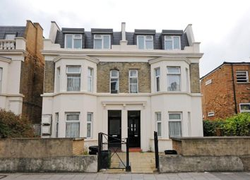 Thumbnail 3 bedroom flat to rent in Askew Road, London