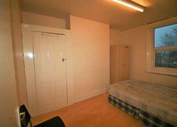 Thumbnail 5 bed flat to rent in High Road Leytonstone, London