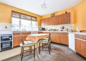 Thumbnail 3 bed flat for sale in Upper Richmond Road West, London