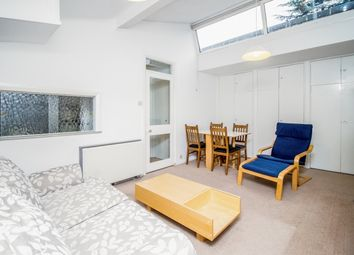 Thumbnail 2 bedroom flat to rent in Russell Court, Oxford