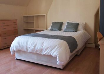 Room to rent in Acton Lane, Kensal Green NW10