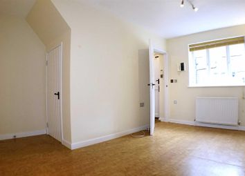 2 bed flat to rent in Tower Cottages, Portsmouth Road, Esher KT10
