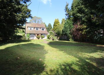Thumbnail 3 bed detached house for sale in Old Oak Avenue, Chipstead, Coulsdon