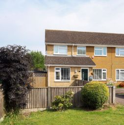 3 bed property to rent in Haywards Close, Deal CT14
