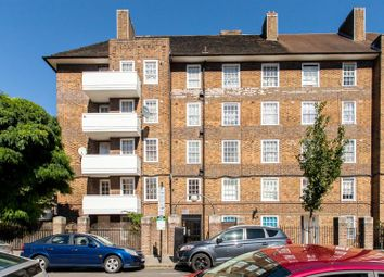 Thumbnail 1 bedroom flat to rent in Biddestone Road, London