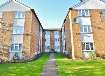 Thumbnail 2 bed flat to rent in Mark Lodge, Edgeworth Road, Cockfosters