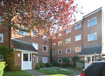 Thumbnail Flat to rent in Park Close, London
