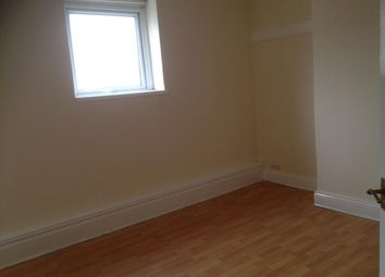 Thumbnail 2 bed flat to rent in Clifton Street, Cardiff