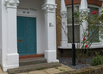 Thumbnail 3 bedroom flat to rent in Gloucester Drive, London