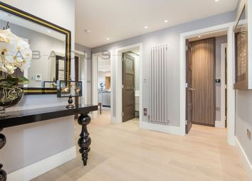 Thumbnail Flat to rent in Lyndhurst Road, London