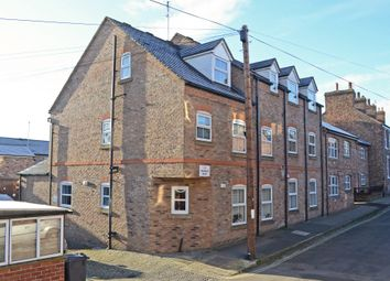 Thumbnail 2 bed flat to rent in Vine Street, York