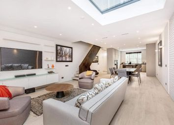 Thumbnail 3 bedroom terraced house for sale in Jubilee Place, London