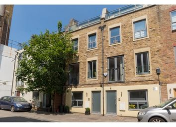 Thumbnail 3 bedroom terraced house to rent in Sidney Grove, Finsbury, London