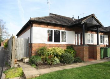 Thumbnail 2 bed bungalow to rent in Richards Close, Kenilworth