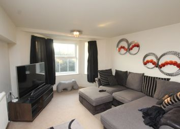 Thumbnail 2 bed flat to rent in Hereward Avenue, Purley, Surrey