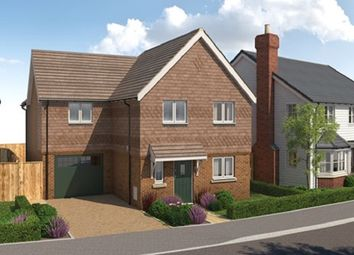 Thumbnail 3 bedroom detached house for sale in Marringdean Road, Billinghurst, West Sussex
