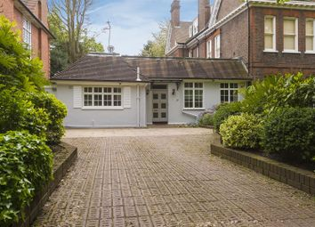 Thumbnail 3 bed property for sale in Templewood Avenue, Hampstead
