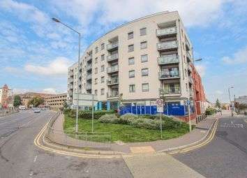 Thumbnail 2 bed flat for sale in Loates Lane, Watford