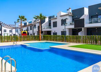 Thumbnail 2 bed bungalow for sale in Calle Narciso Yepes, 5, 03190 Pilar De La Horadada, Alicante, Spain