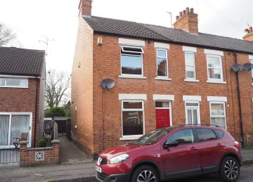 Thumbnail 3 bed town house for sale in Nicholson Street, Newark