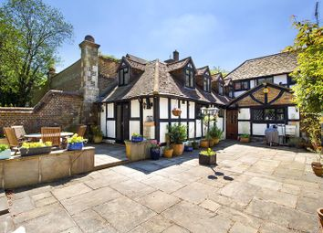 Thumbnail 2 bed cottage for sale in The Ridge, Woldingham, Caterham