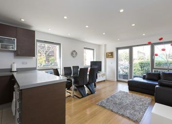Thumbnail 3 bedroom flat to rent in Christian Street, London