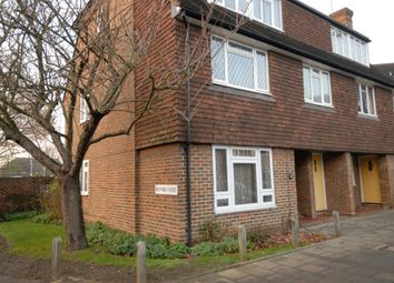 2 bed maisonette to rent in Station Approach, Hinchley Wood KT10