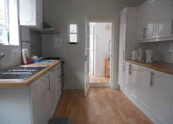 5 bed detached house to rent in Station Road, London N22