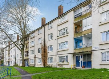 Thumbnail 3 bed flat to rent in Bransbury Close, Southampton