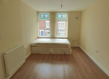 Thumbnail Studio to rent in Room 4, Royal Ave, Doncaster