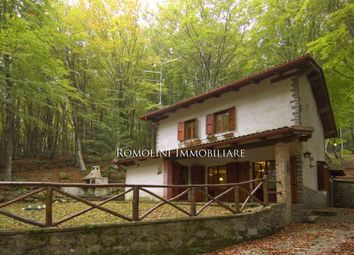 Thumbnail 2 bed property for sale in Caprese Michelangelo, Tuscany, Italy