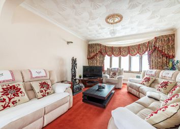 Thumbnail 5 bedroom property for sale in Great West Road, Heston