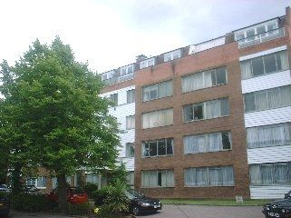 Thumbnail 2 bedroom flat to rent in 102 - 106 Holden Road, Woodside Park, Finchley