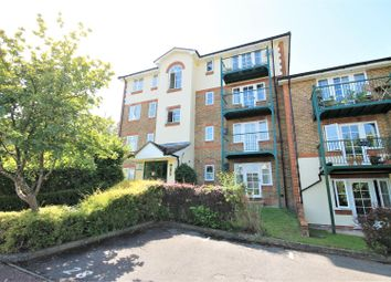 Thumbnail 2 bedroom flat to rent in Walk Of Town, Alexandra Park, High Wycombe