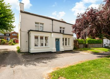Thumbnail 2 bed flat to rent in Winchester Street, Overton, Basingstoke