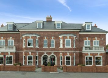 Thumbnail 4 bed terraced house for sale in Portsmouth Road, Thames Ditton