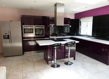 5 bed semi-detached house to rent in Cleveland Gardens, London NW2