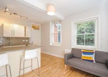 Thumbnail 1 bedroom flat to rent in Cromwell Avenue, Highgate