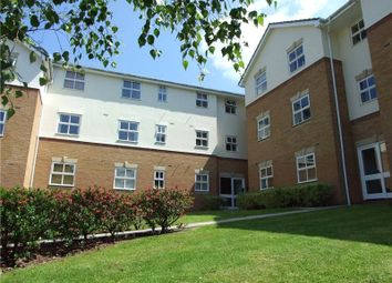 Thumbnail 2 bedroom flat for sale in Elm Park, Reading, Berkshire