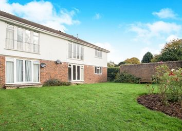 Thumbnail 2 bed flat to rent in Courtlands Crescent, Banstead