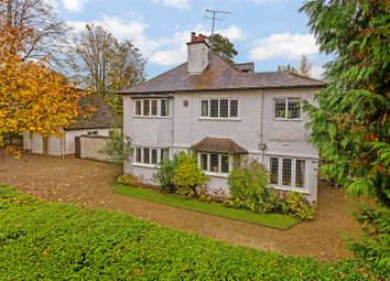 Thumbnail 6 bed detached house for sale in New Road, Digswell, Welwyn