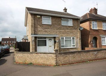 Thumbnail 3 bedroom detached house for sale in Windsor Avenue, Walton