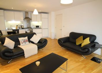 Thumbnail 1 bedroom flat to rent in Hayward, Chatham Place, Reading