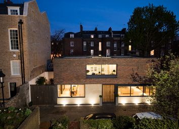 Thumbnail Detached house for sale in Hydes Place, London